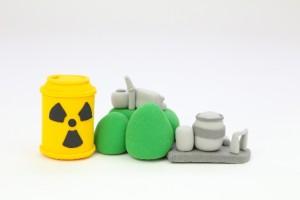 原発事故の歴史、放射線